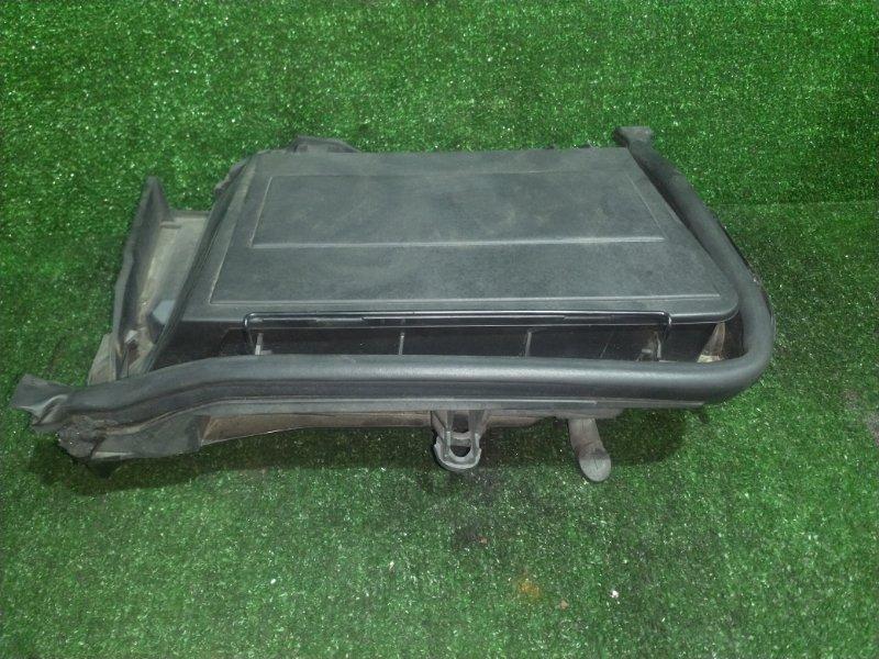 Корпус салонного фильтра Bmw 5-Series E39 M54B25 2001 передний правый (б/у)