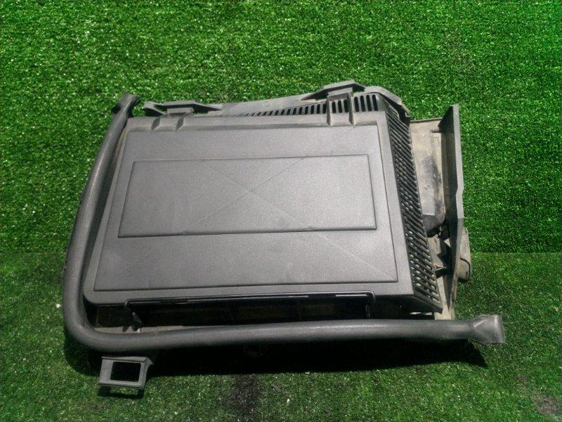 Корпус салонного фильтра Bmw 5-Series E39 M54B25 2001 передний левый (б/у)