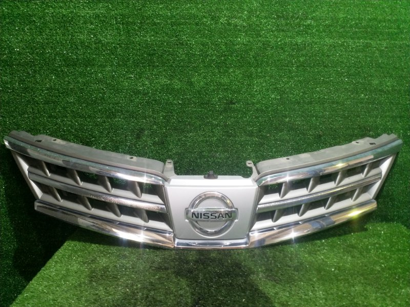 Решетка Nissan Tiida C11 HR15 (б/у)