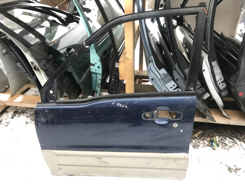 Дверь Suzuki Grand Vitara передняя левая (б/у)