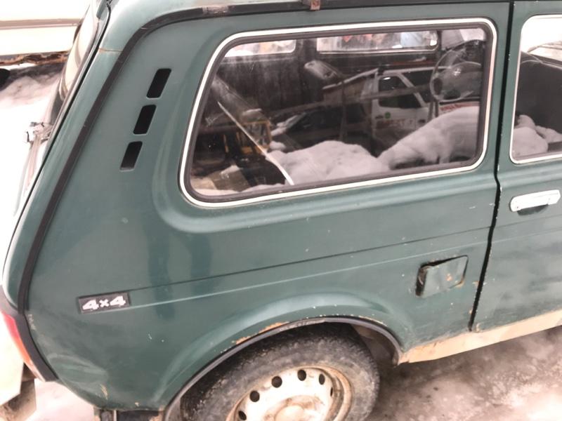 Стекло кузовное Lada (Ваз) 2121 1.6 1977 заднее правое (б/у)