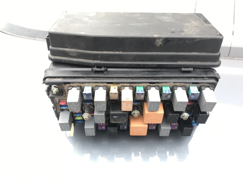 Блок предохранителей Chevrolet Captiva C100 2.4 2006 (б/у)