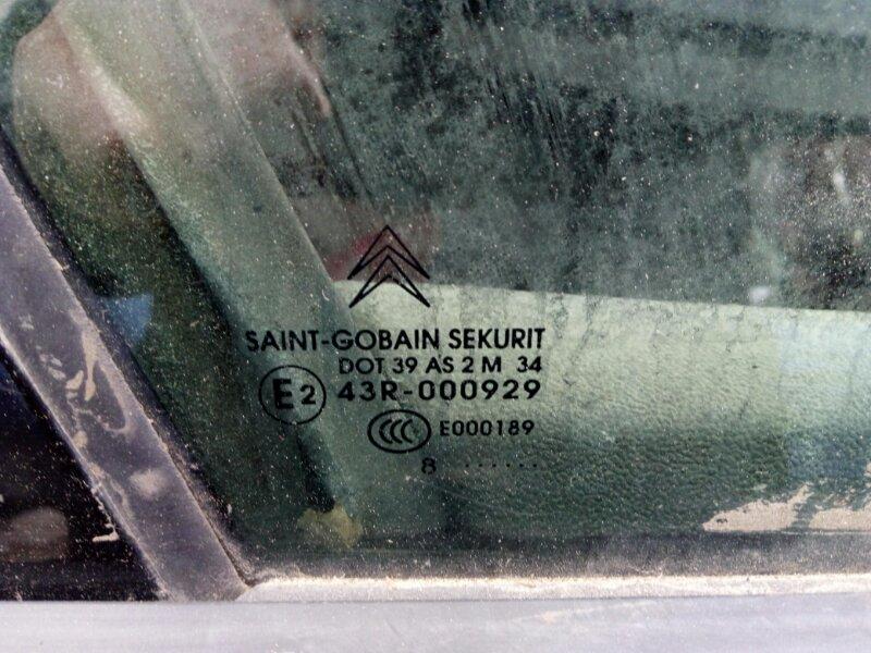 Стекло дверное Citroen C5 X7 2 2008 переднее правое (б/у)