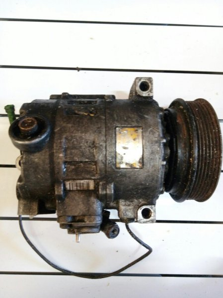 Компрессор кондиционера Audi A8 1999 (б/у)