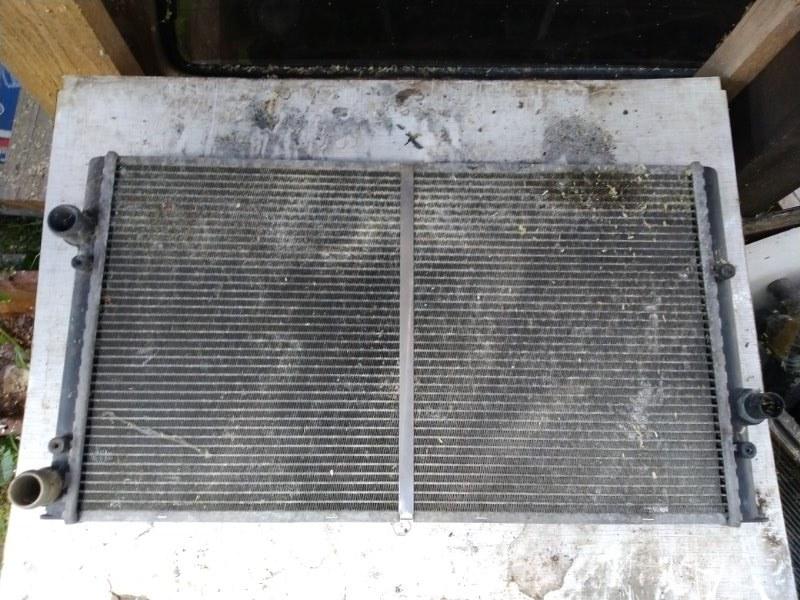 Радиатор охлаждения Seat Ibiza 1993 (б/у)