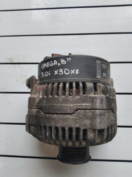Генератор Opel Omega B X30XE 1994 (б/у)