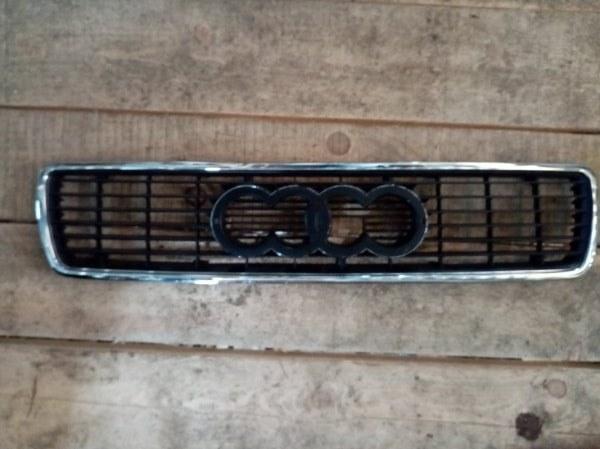 Решетка радиатора Audi 80 1991 (б/у)