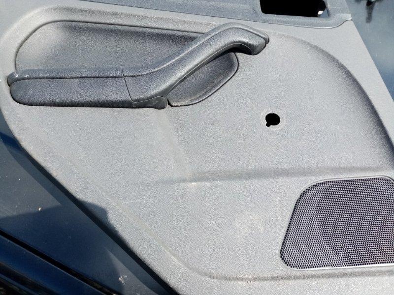 Обшивка двери Ford Focus 2 (б/у)
