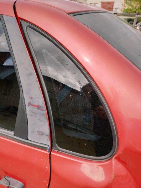 Стекло кузовное Lada (Ваз) 1118 СЕДАН 1.6 2004 заднее левое (б/у)