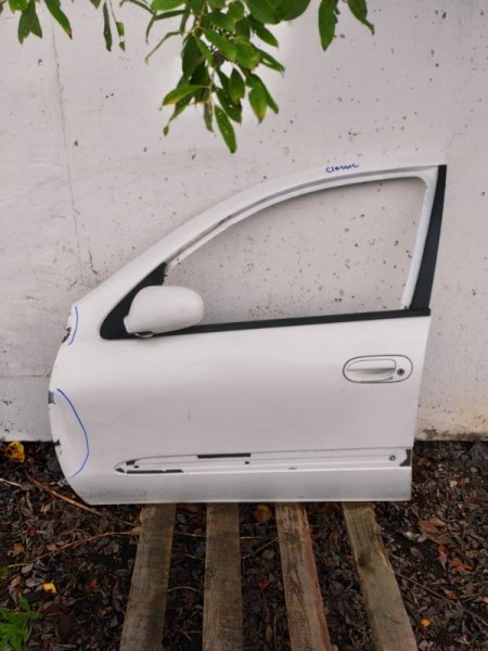 Дверь Nissan Almera Classic B10 передняя левая (б/у)