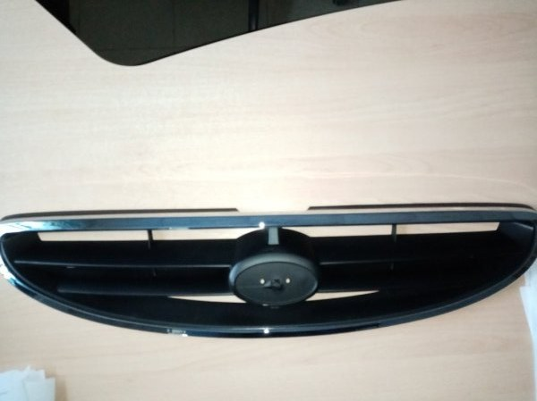 Решетка радиатора Hyundai Accent