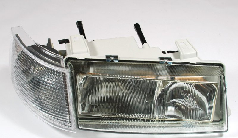 Фара Lada (Ваз) 2110 передняя правая