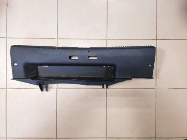Обшивка багажника Skoda Fabia 2 задняя (б/у)