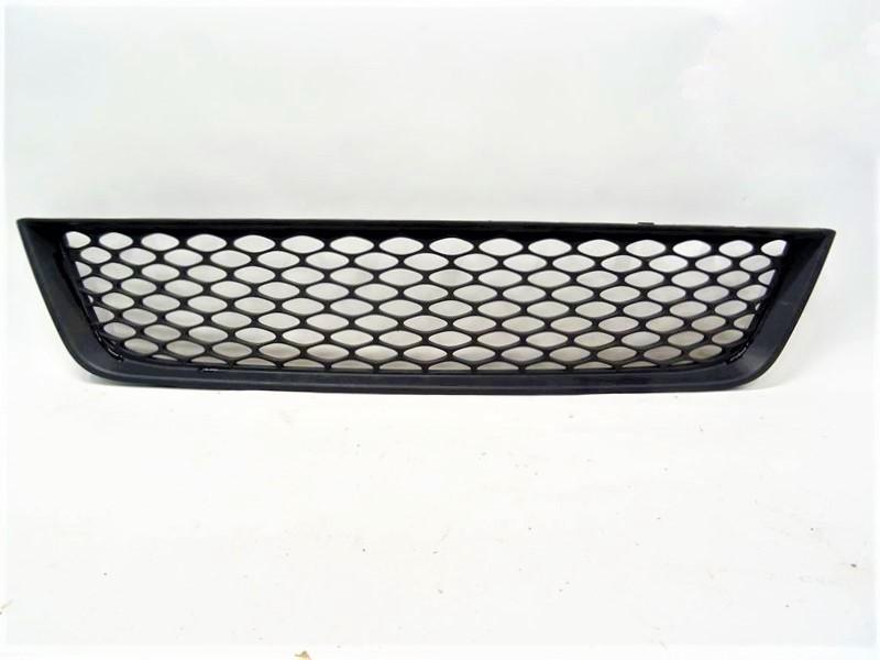 Решетка радиатора Kia Picanto нижняя