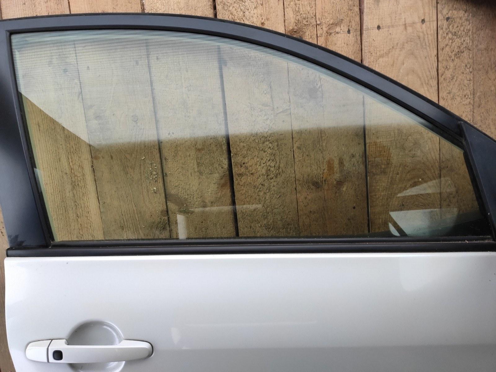 Стекло дверное Toyota Rav 4 XA30 РЕСТАЙЛИНГ 2.0 2010 переднее правое (б/у)