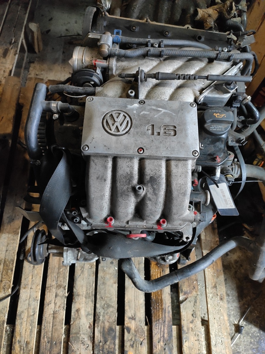 Двигатель Volkswagen Golf 3 1.6 (б/у)