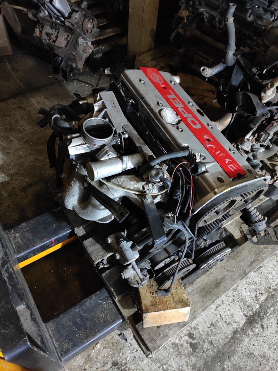 Двигатель Opel Astra F 1.8 (б/у)