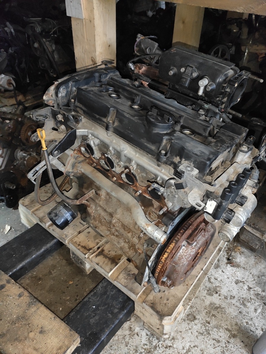 Двигатель Hyundai Accent 1.6 (б/у)