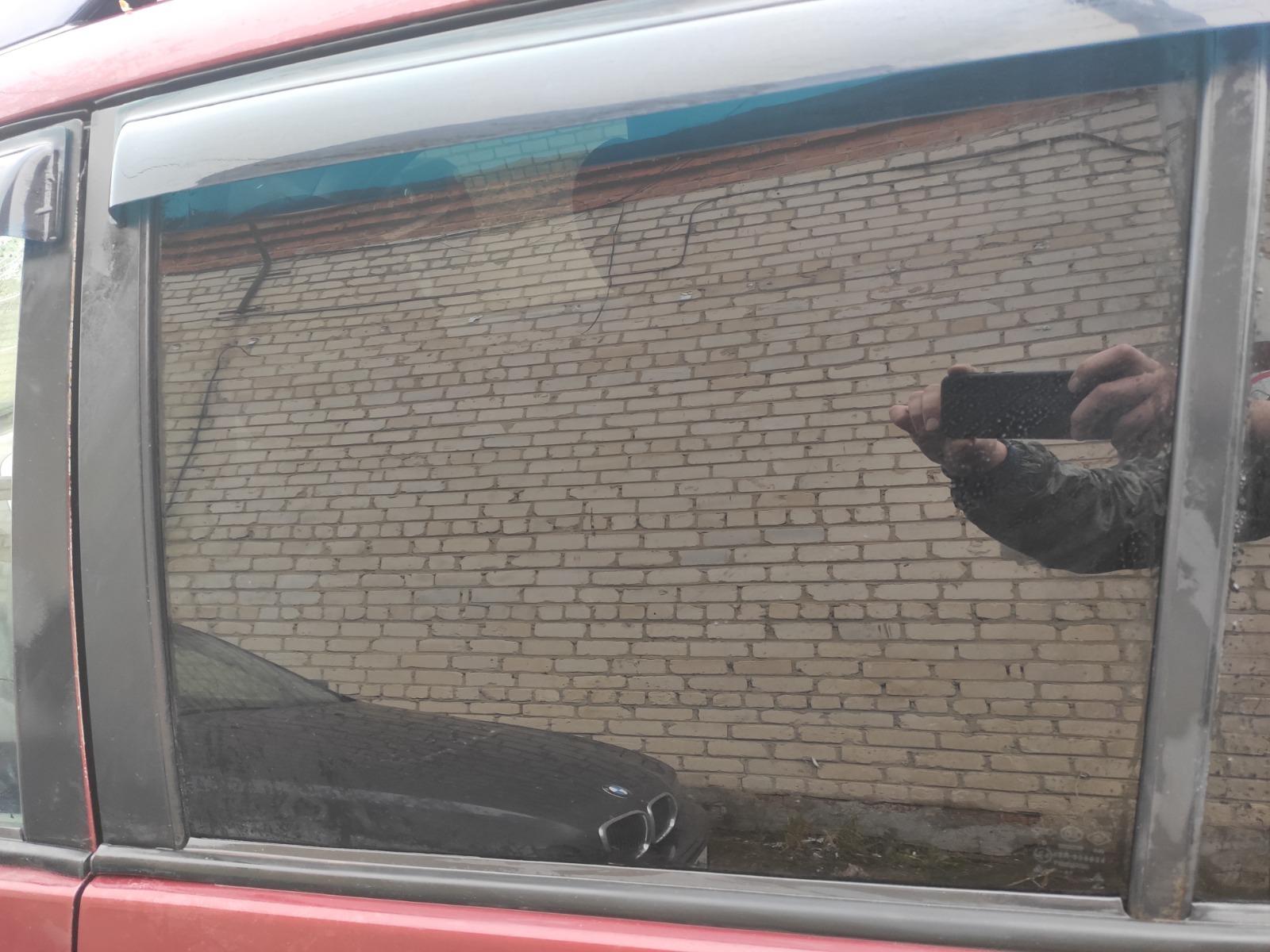 Стекло дверное Chery Tiggo T11 2.4 2005 заднее левое (б/у)