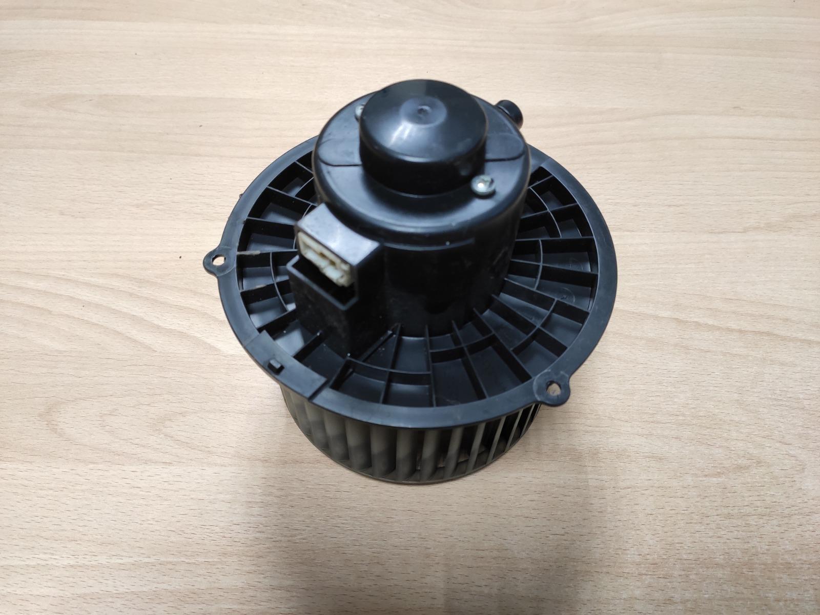 Моторчик отопителя Geely Mk СЕДАН 1.5 2006 (б/у)