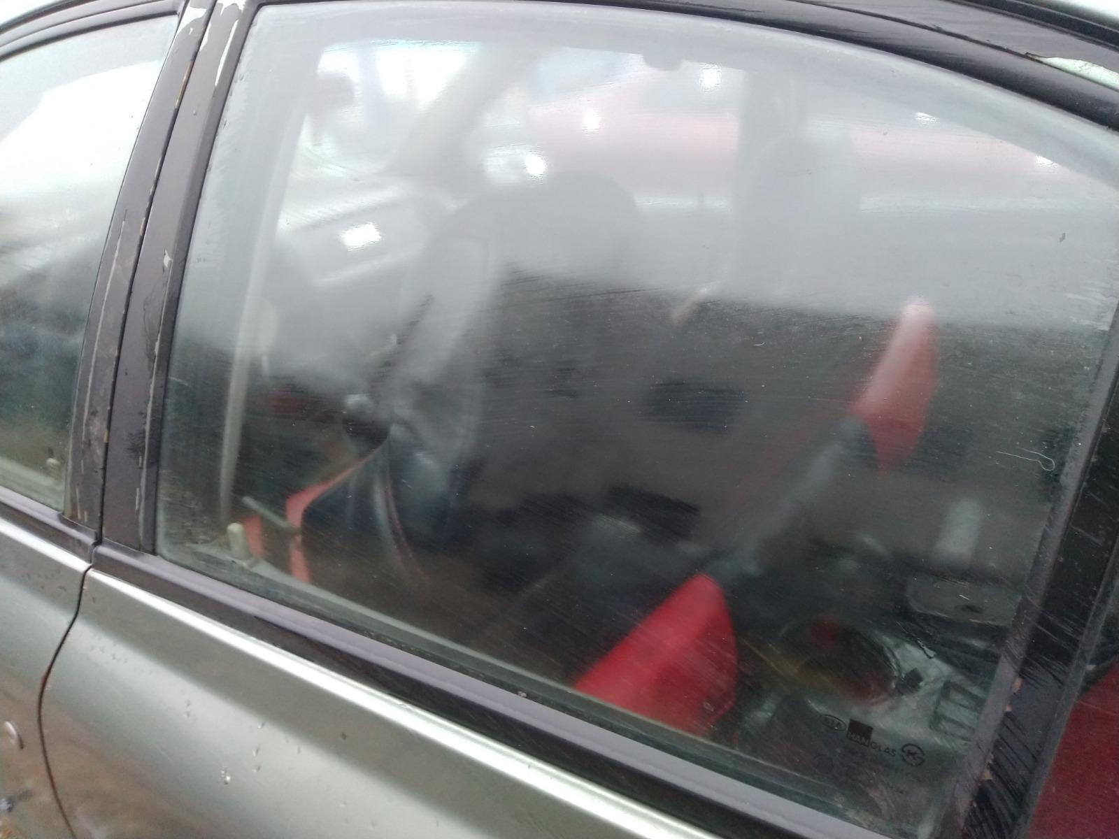 Стекло дверное Kia Rio СЕДАН 1.5 1999 заднее левое (б/у)