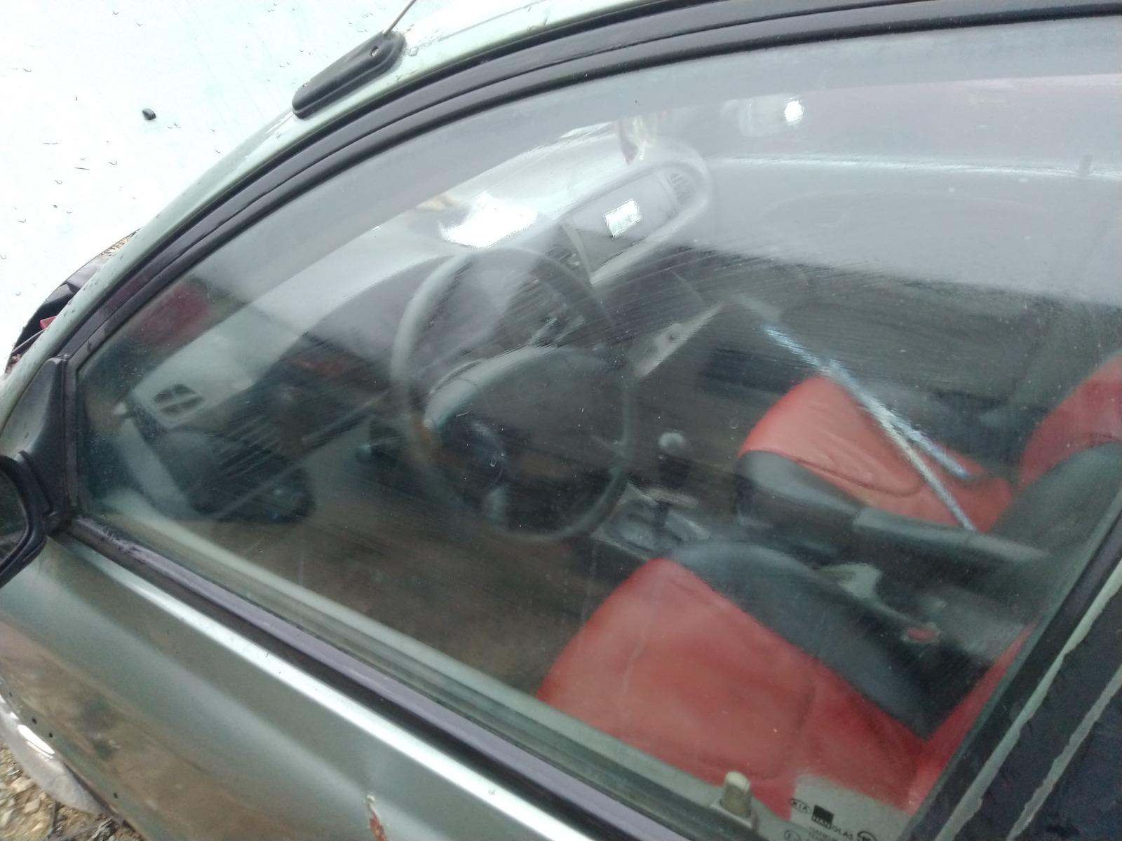 Стекло дверное Kia Rio СЕДАН 1.5 1999 переднее левое (б/у)