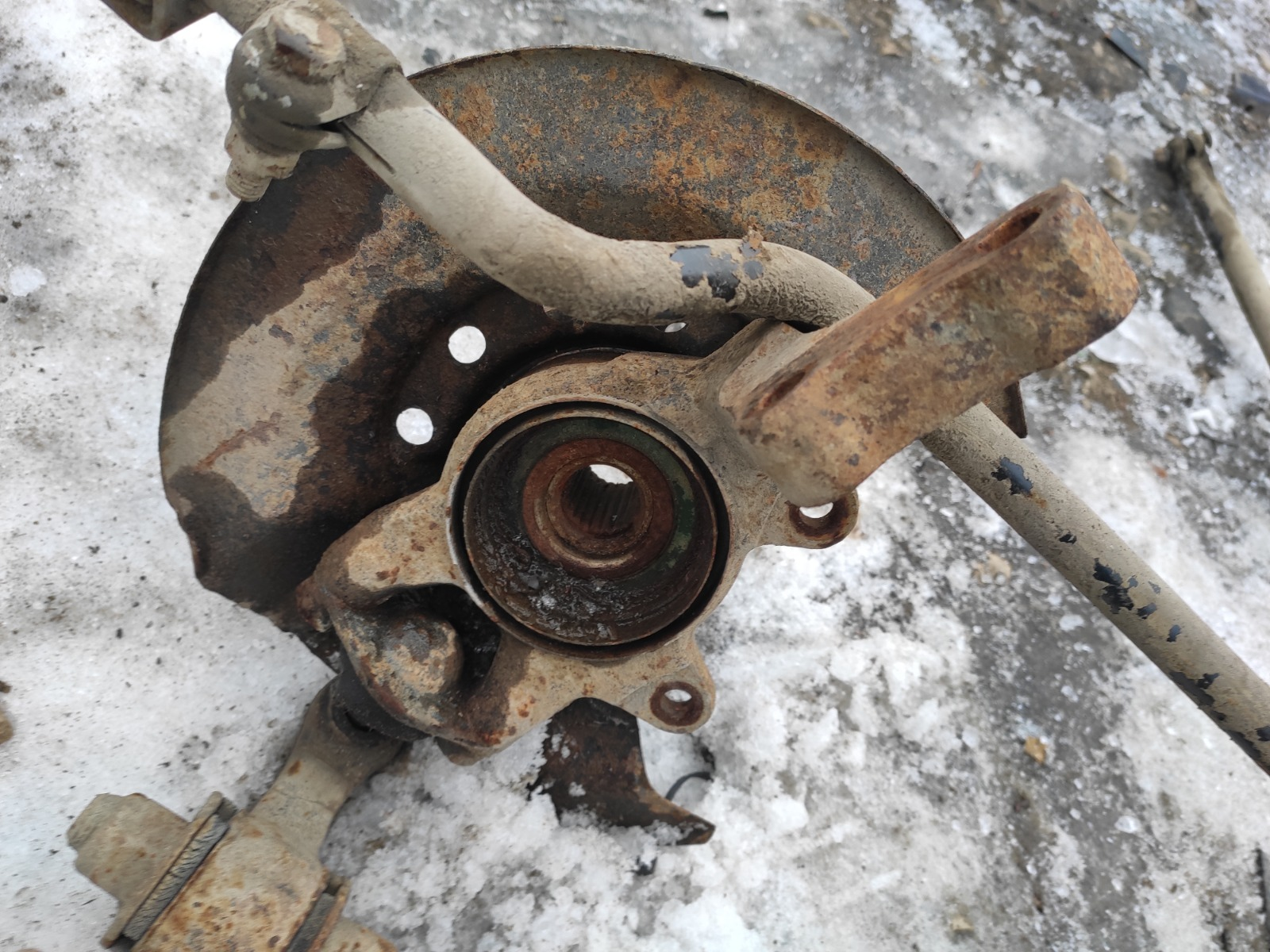 Поворотный кулак Lada (Ваз) 2170 СЕДАН 1.6 16V 2007 передний левый (б/у)
