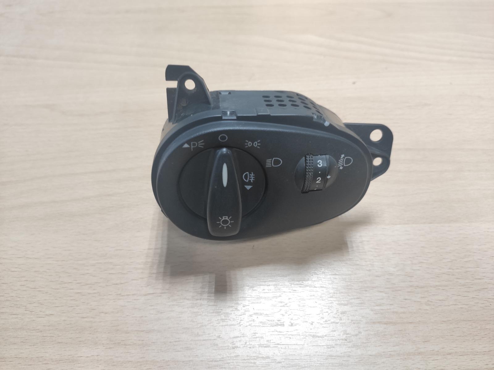 Блок управления светом Ford Focus 1 (б/у)