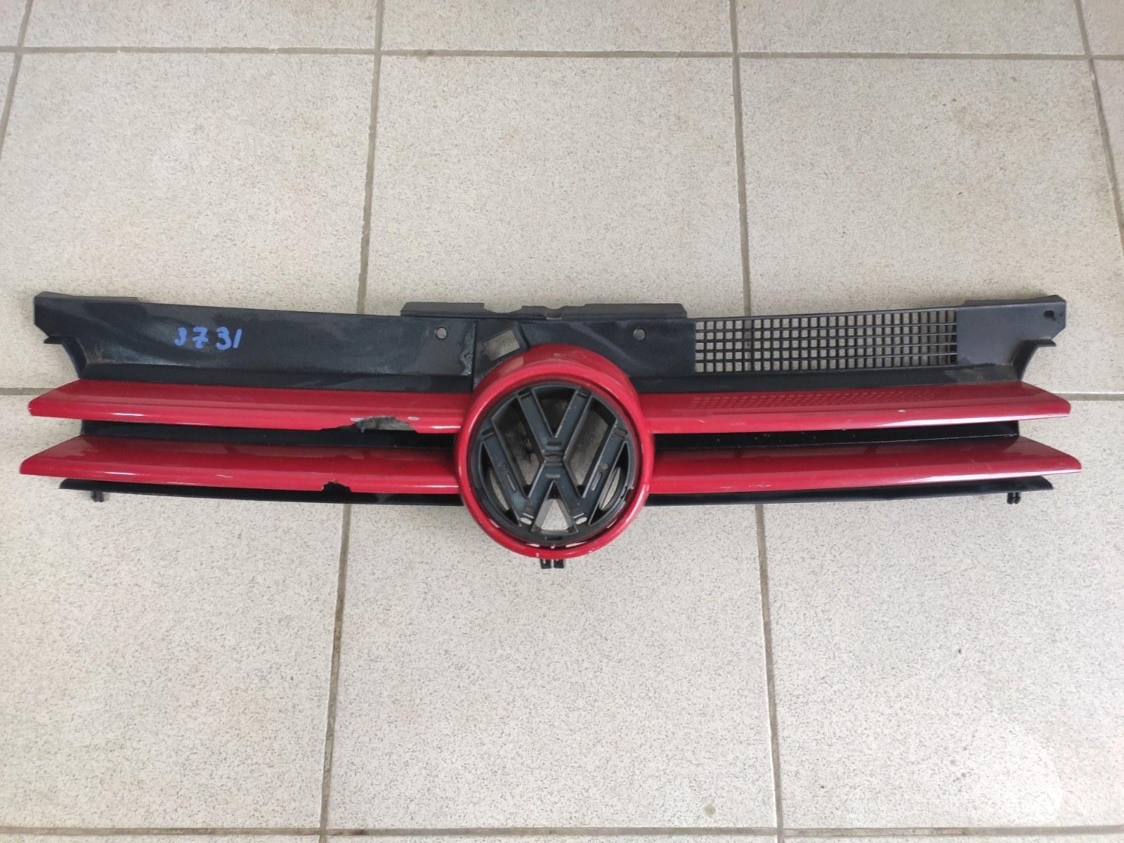 Решетка радиатора Volkswagen Golf 4 (б/у)