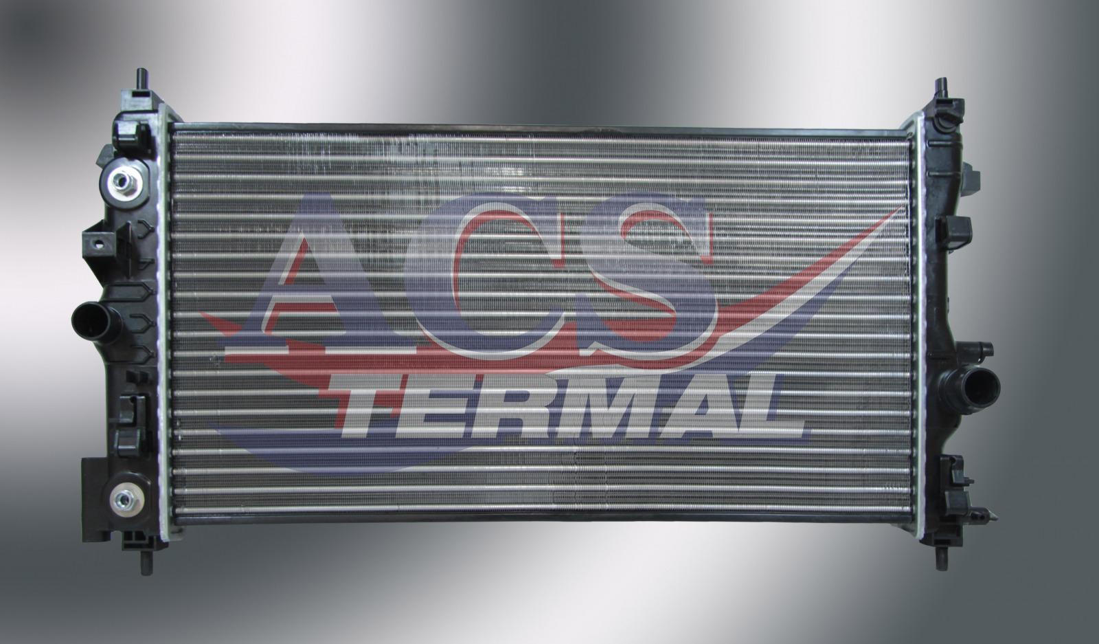 Радиатор охлаждения Opel Astra J 1.4-1.6 2009