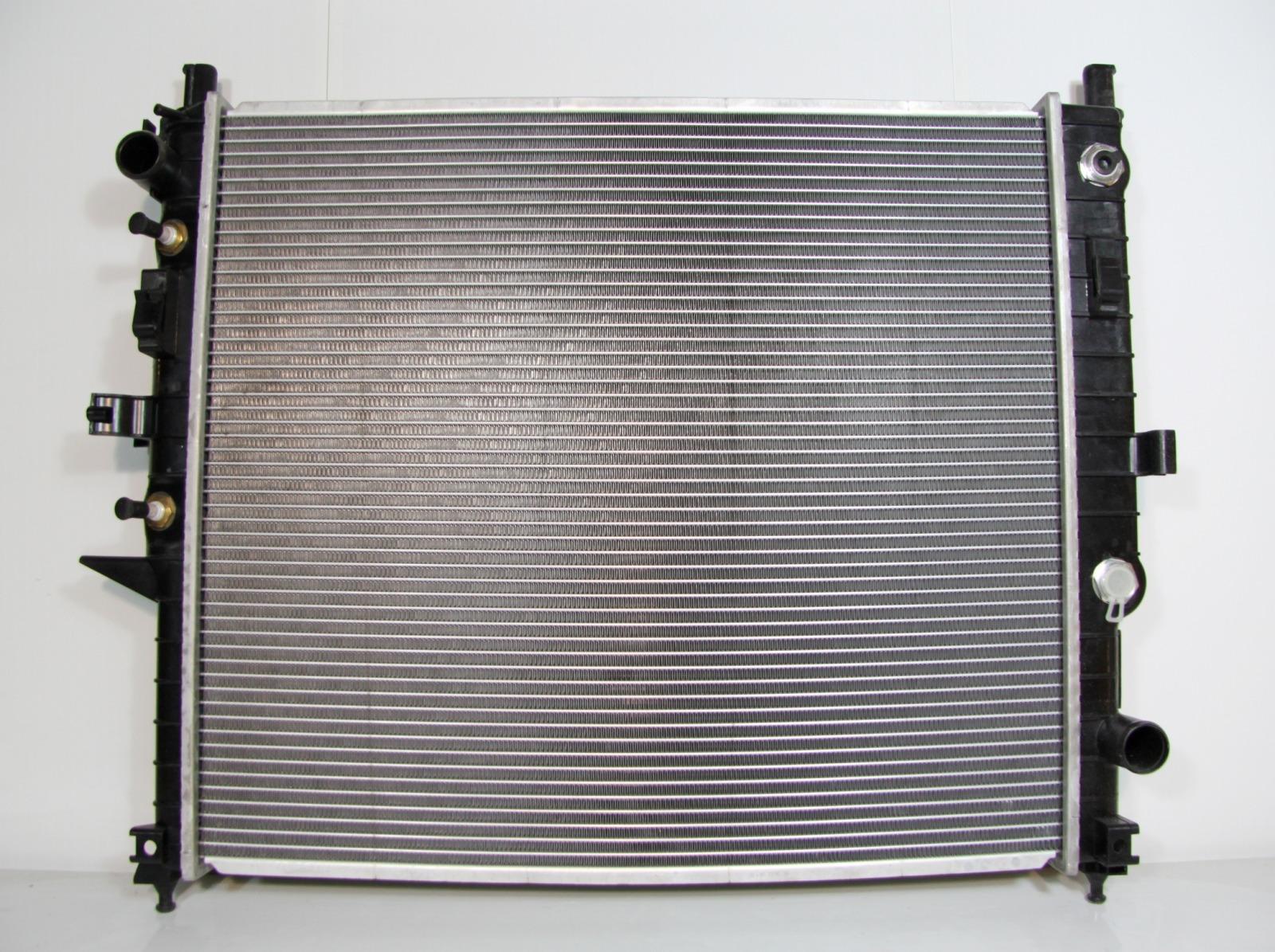 Радиатор охлаждения Mercedes Benz M Class W163 1997