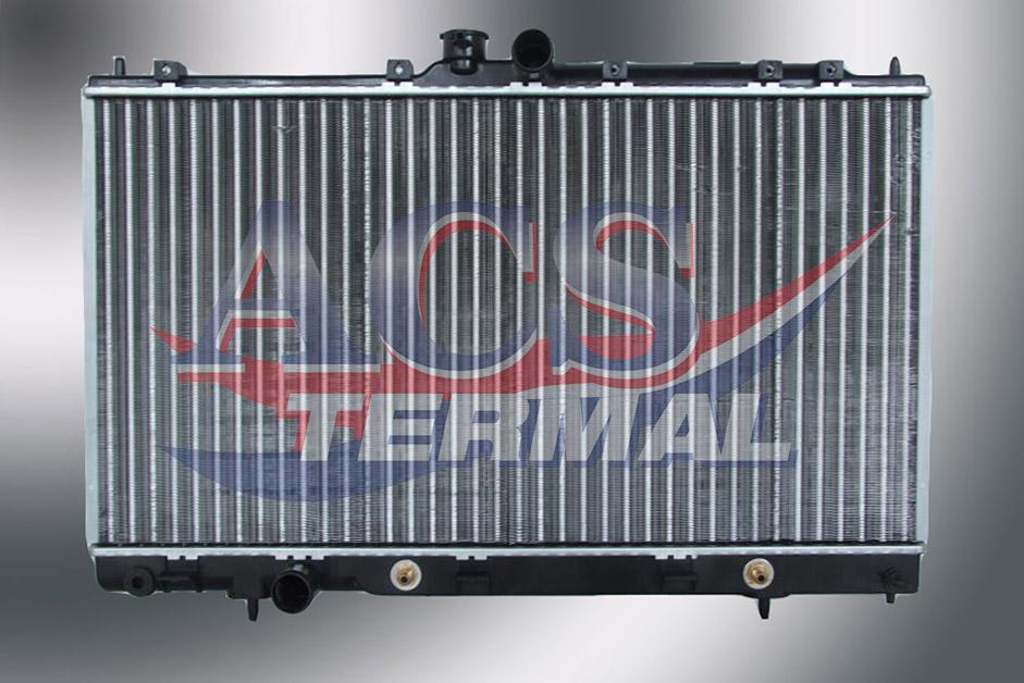 Радиатор охлаждения Mitsubishi Lancer 9 2003