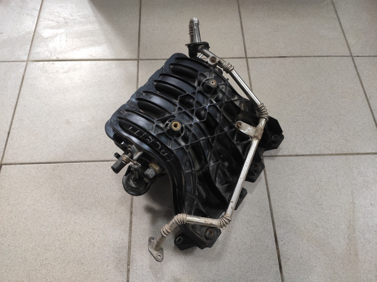 Коллектор впускной Chevrolet Cruze 1.4 (б/у)