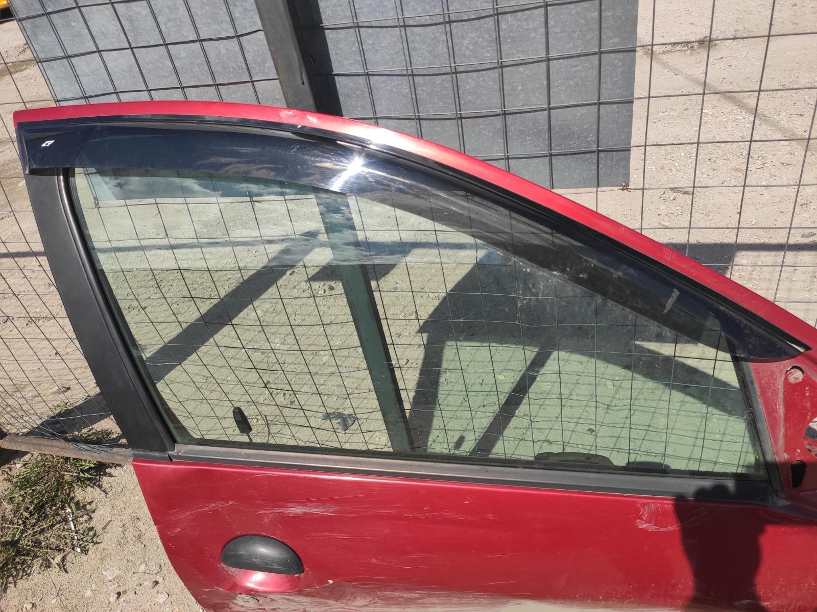 Стекло дверное Peugeot 206 ХЭТЧБЕК 5ДВ. 1.4 1998 переднее правое (б/у)