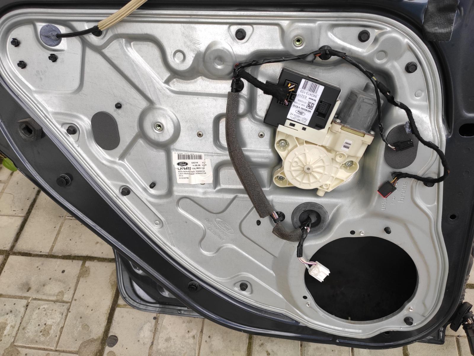 Стеклоподъемник Ford Focus 2 УНИВЕРСАЛ 2008 задний левый (б/у)