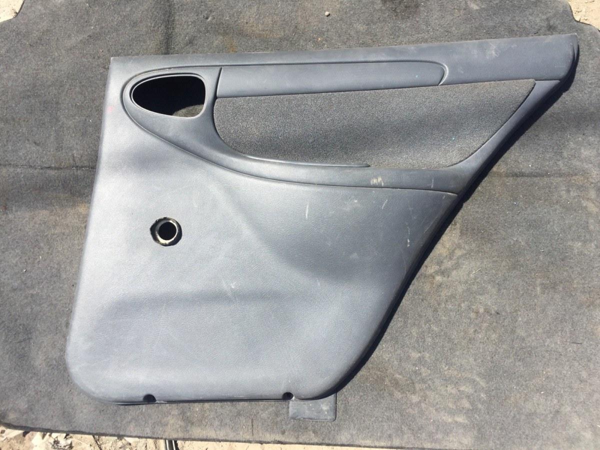 Обшивка двери Chevrolet Lanos T150 1.5 2005 задняя правая (б/у)