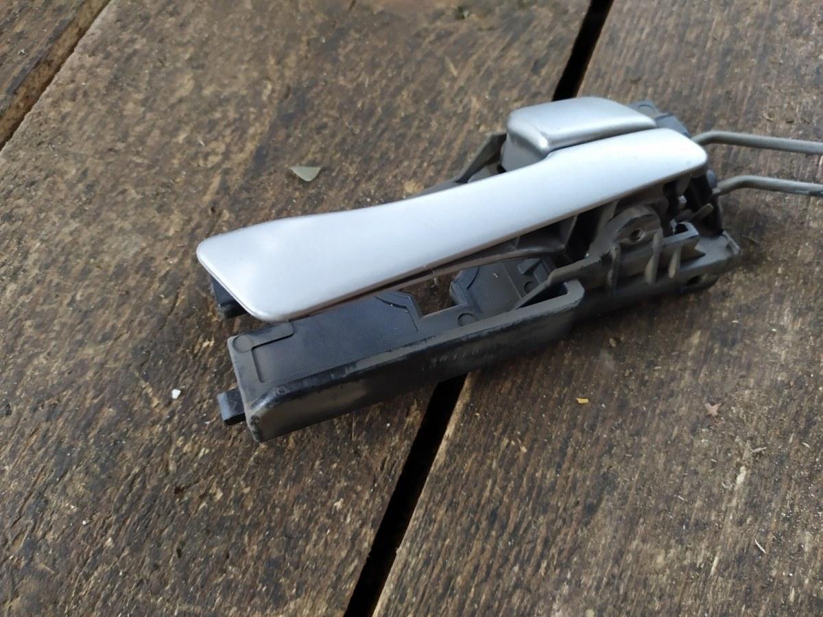 Ручка двери внутренняя Hyundai Solaris СЕДАН 2015 задняя правая (б/у)
