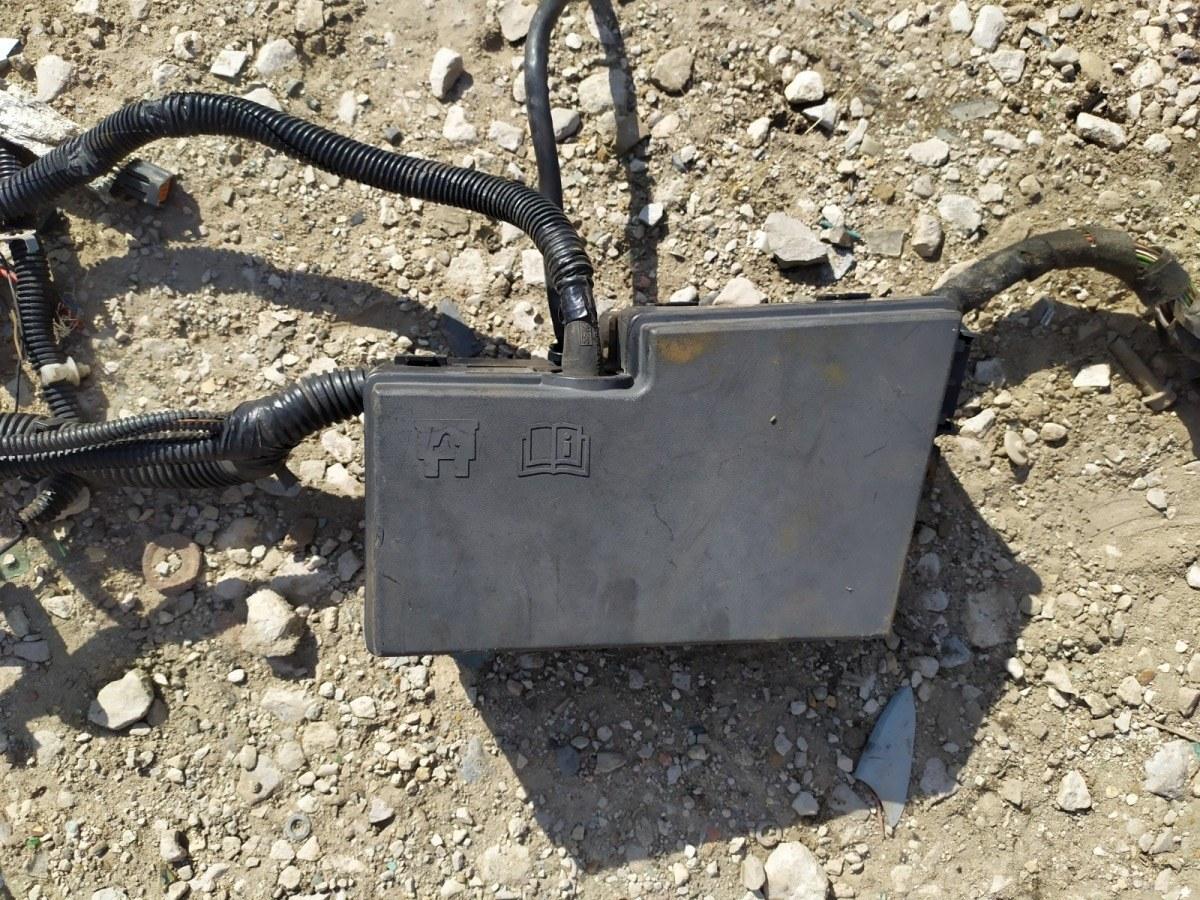 Блок предохранителей Ford Focus 2 УНИВЕРСАЛ 1.6 2005 (б/у)