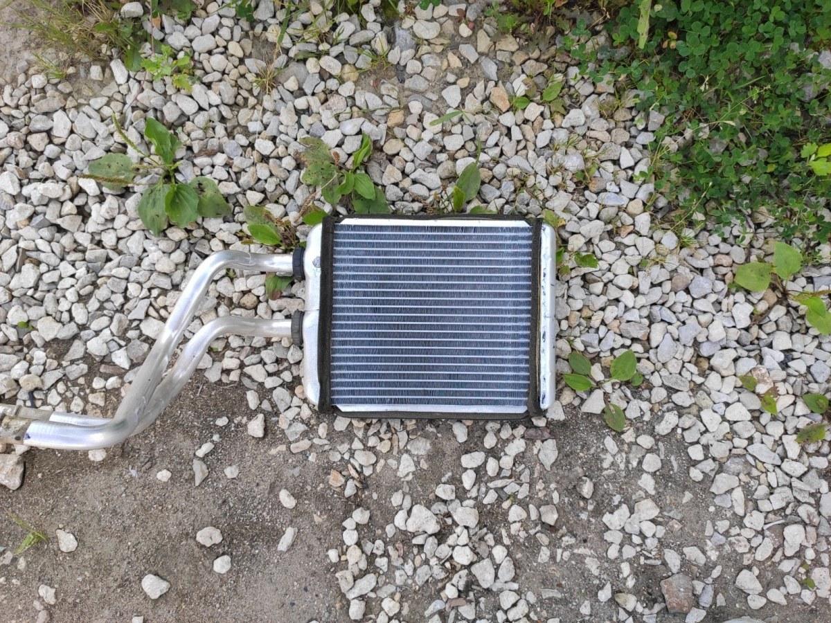 Радиатор печки, радиатор отопителя Opel Astra H СЕДАН 1.6 2011 (б/у)