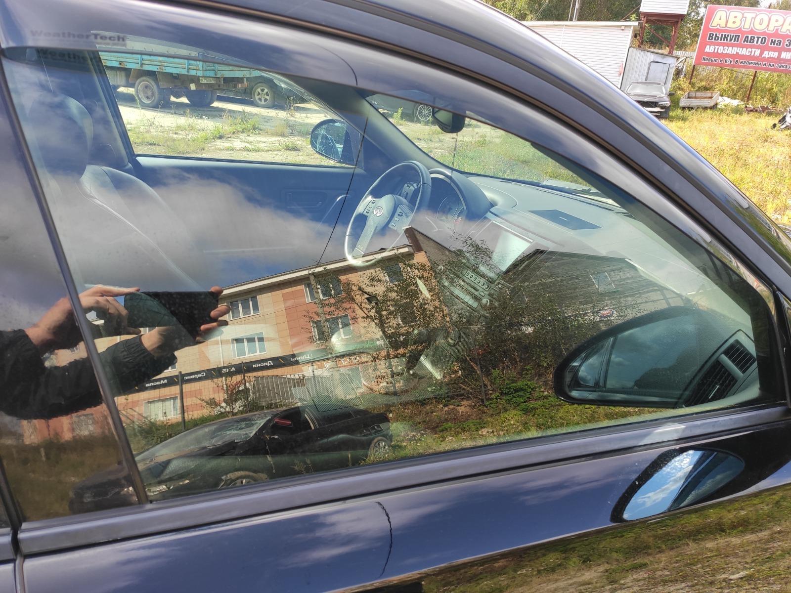 Стекло дверное Infiniti Fx35 S50 3.5 2004 переднее правое (б/у)