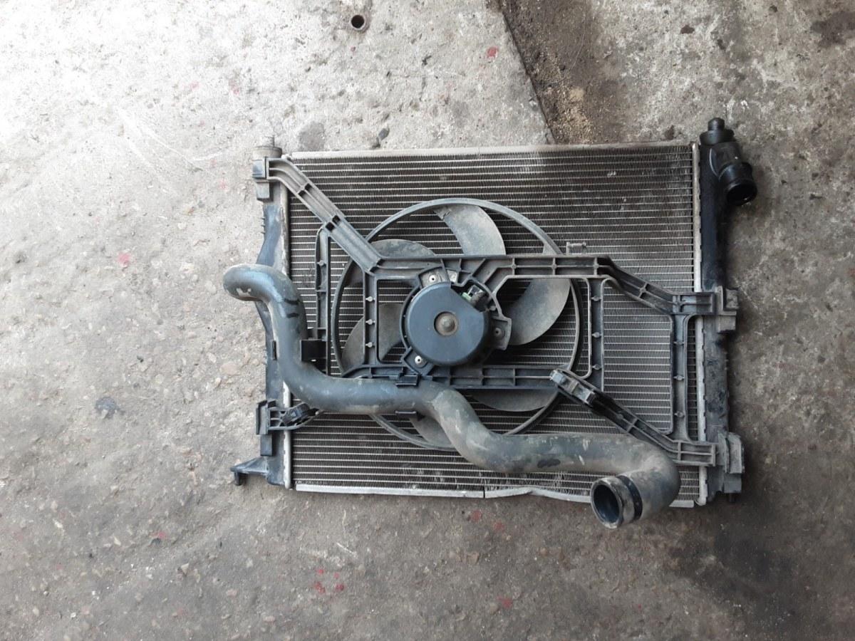 Радиатор охлаждения Renault Logan СЕДАН 1.4 2005 (б/у)