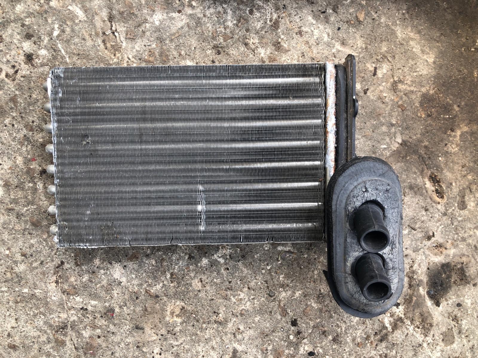 Радиатор печки, радиатор отопителя Volkswagen Golf 4 1997 (б/у)