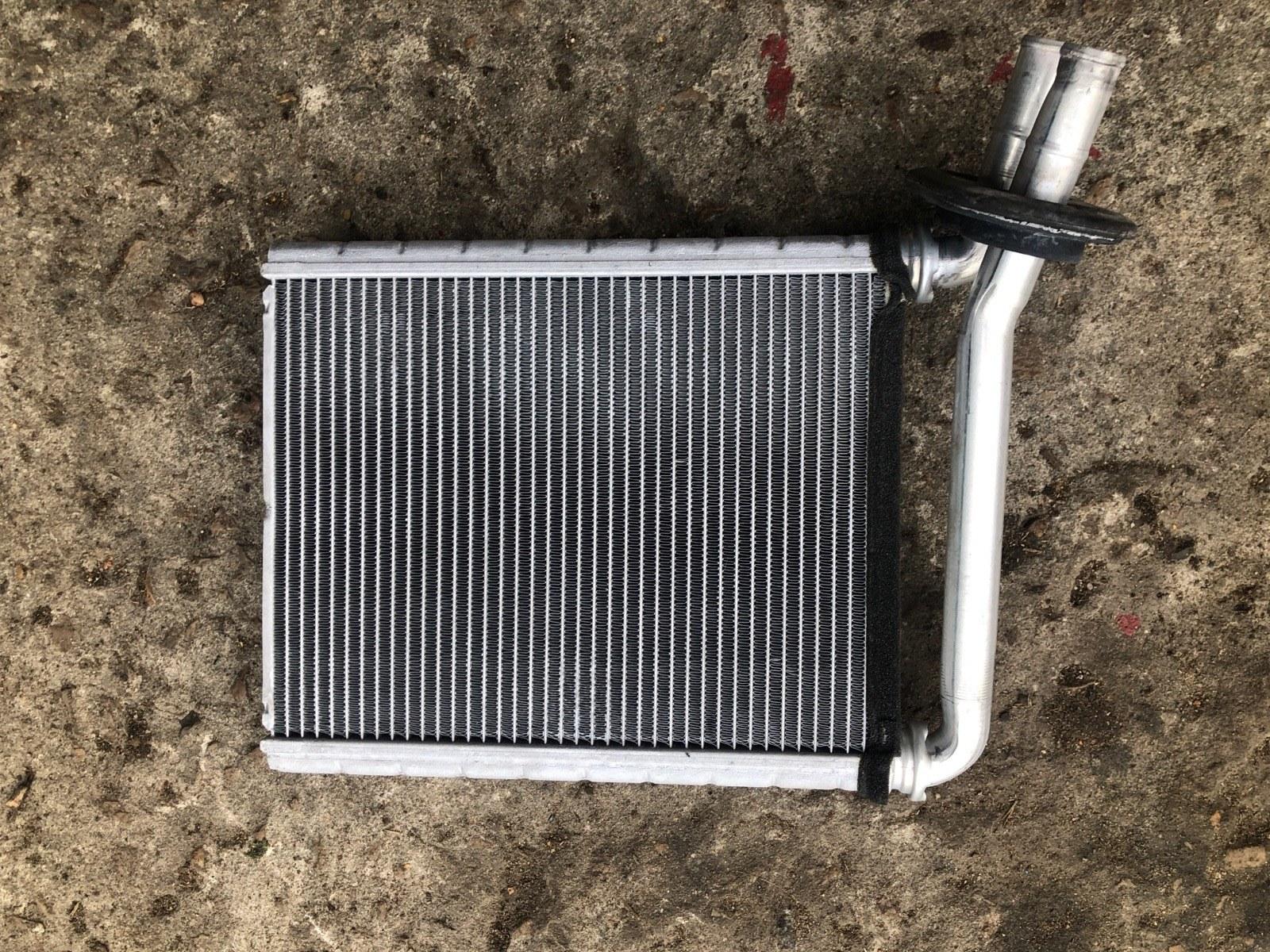 Радиатор печки, радиатор отопителя Toyota Rav 4 XA30 РЕСТАЙЛИНГ 2010 (б/у)