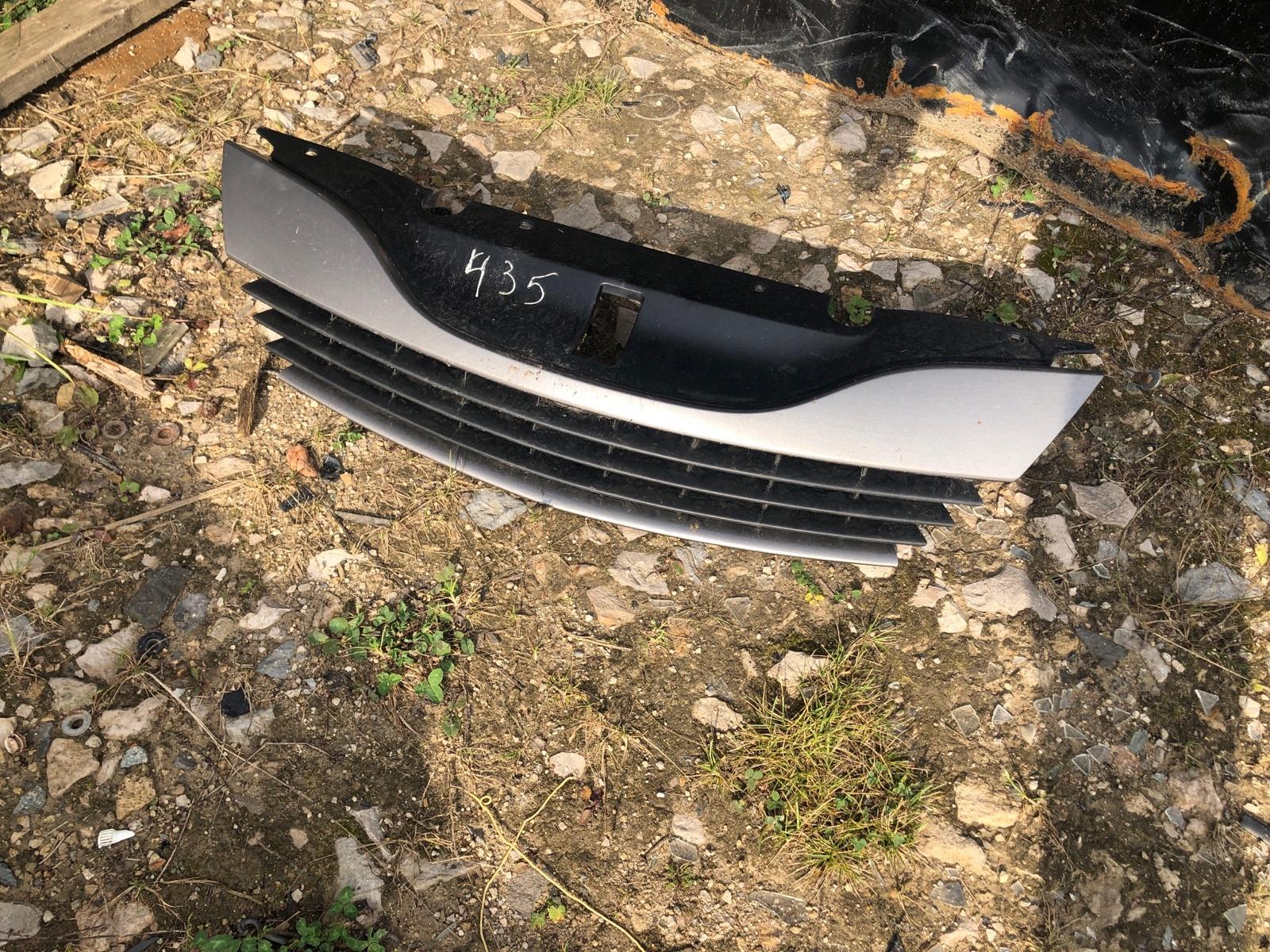 Решетка радиатора Renault Laguna 2 2001 (б/у)