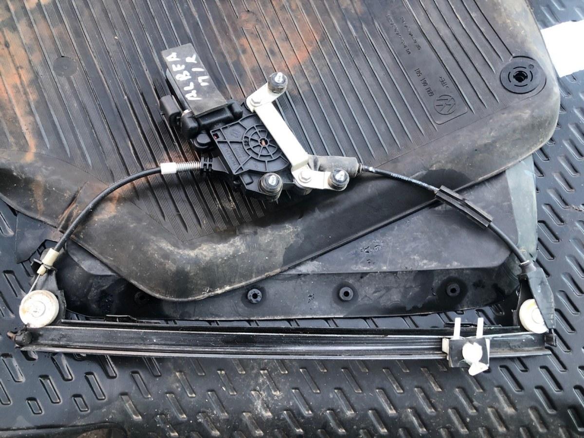 Стеклоподъемник Fiat Albea 2004 передний правый (б/у)