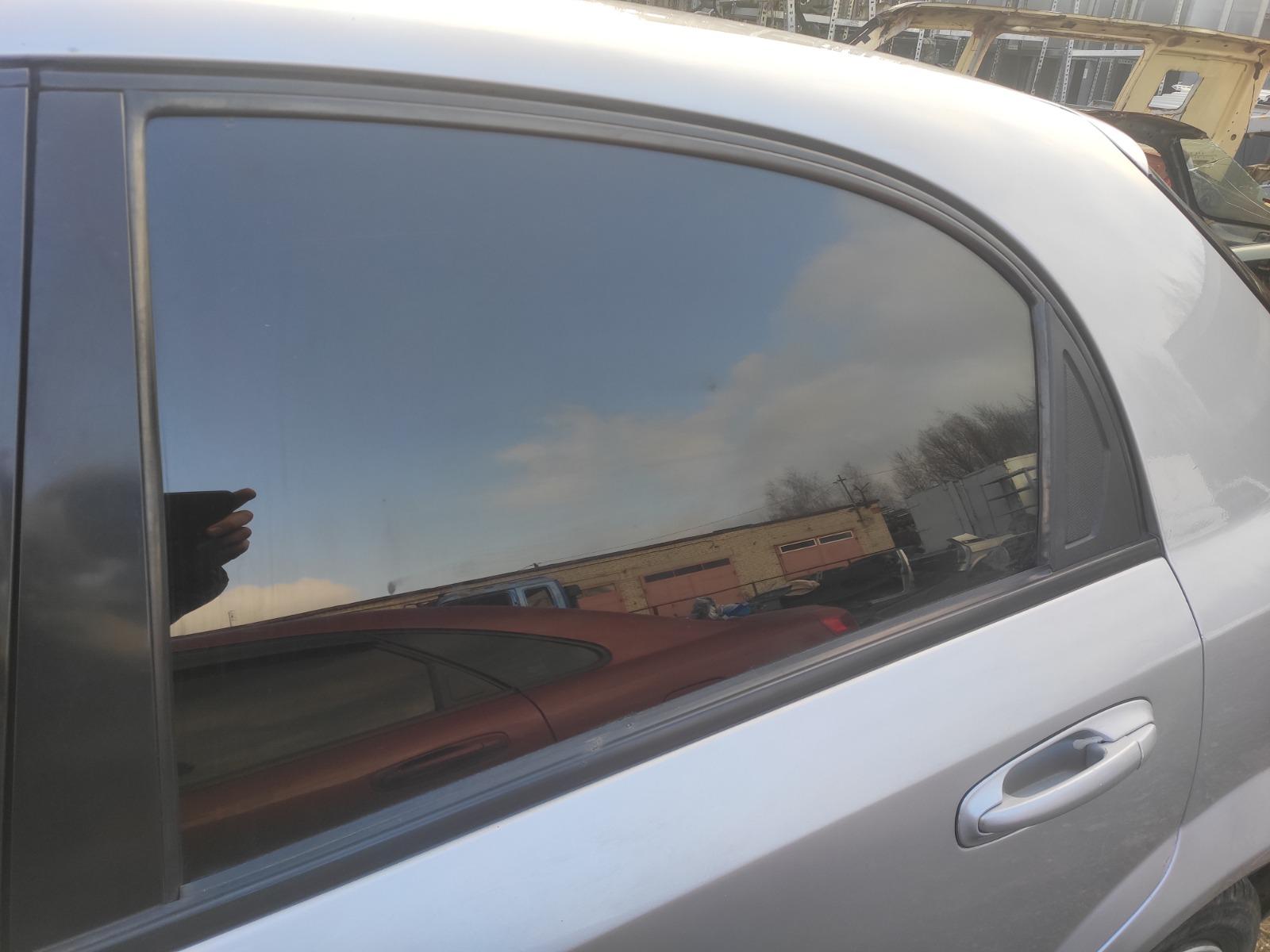 Стекло дверное Chevrolet Lacetti ХЭТЧБЕК 5ДВ. 1.6 2006 заднее левое (б/у)