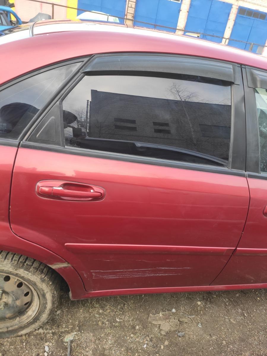 Дверь Chevrolet Lacetti СЕДАН 1.4 2007 задняя правая (б/у)