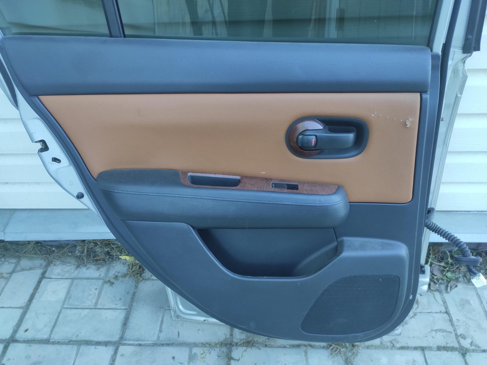 Обшивка двери Nissan Tiida C11 1.5 2004 задняя левая (б/у)