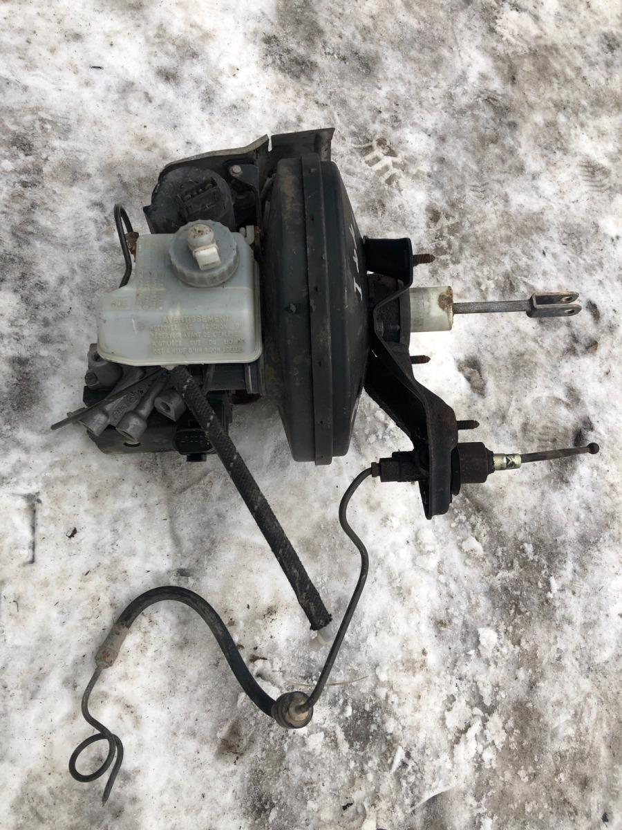 Вакуумный усилитель тормозов Ford Focus 1 СЕДАН 2.0 2001 (б/у)