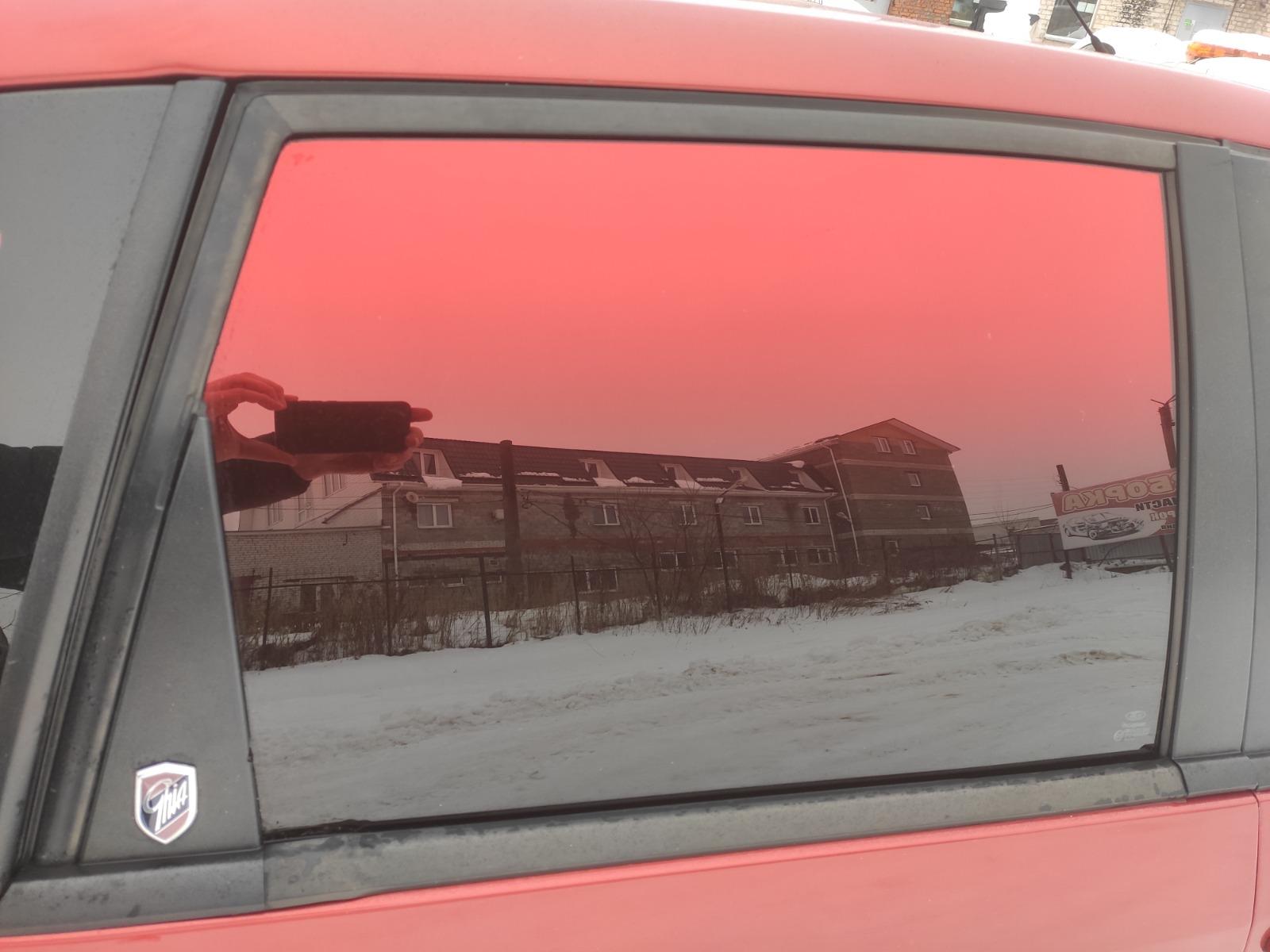 Стекло дверное Ford Fiesta ХЭТЧБЕК 5ДВ. 1.6 2007 заднее правое (б/у)